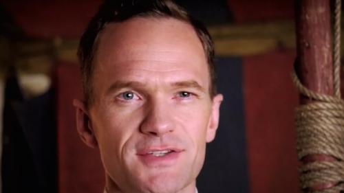 AHS: Freak Show Vídeo promocional Neil Patrick Harris