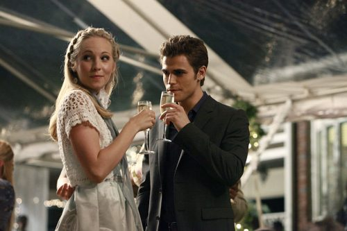 The Vampire Diaries: Stefan y Caroline se besan en el tráiler del siguiente episodio