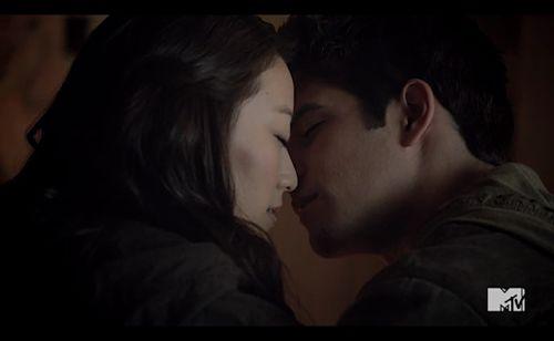 """""""Teen Wolf"""": ¡La relación de Scott y Kira se afianza!"""