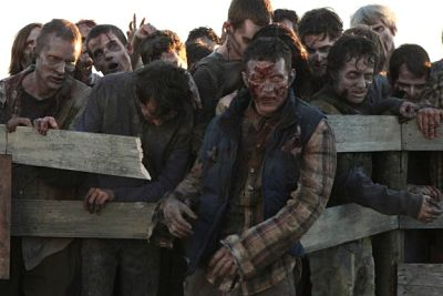 The Walking Dead La amenaza zombie fuera de Alexandria