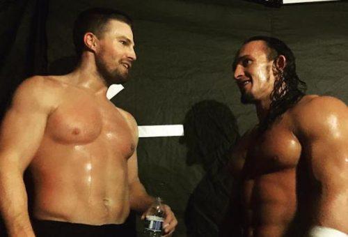 Arrow La victoria de Stephen Amell frente a Stardust en el WWE SummerSlam se hace viral