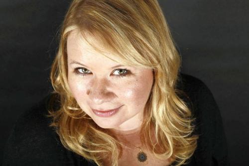 """""""The Vampire Diaries"""": ¡Julie Plec está preparando un nuevo drama con FOX!"""