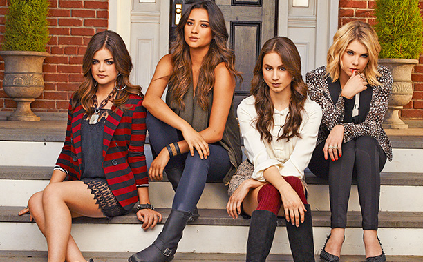 Un ex está de vuelta en Pretty Little Liars