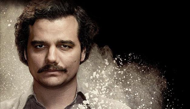 El hermano de Pablo Escobar pide ver la segunda temporada de Narcos antes de su emisión