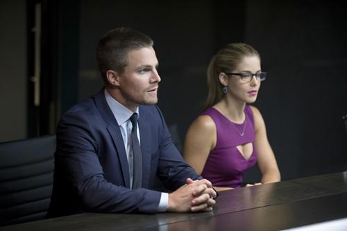 El reparto de Arrow habla de su quinta temporada