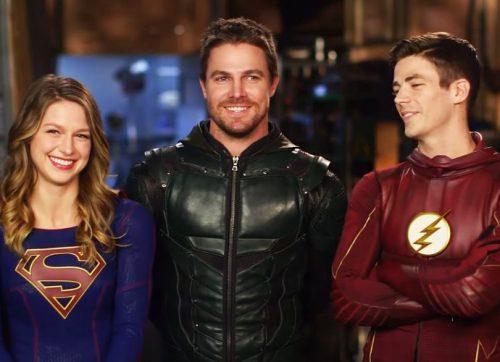 Las estrellas de The CW se reúnen para hacer una promoción de su crossover
