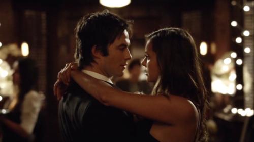 Nueva promo del reencuentro de Elena y Damon en The Vampire Diaries